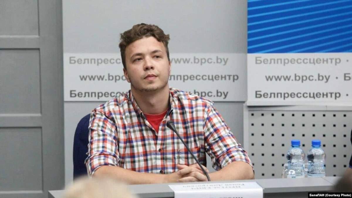 Террористы захватили заложника, - Мицкевич о задержании Протасевича