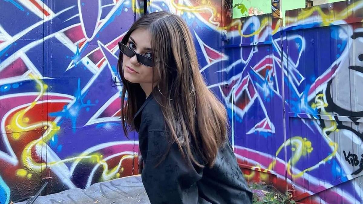 Юна блогерка з Ірпеня потрапила у скандал через українську мову
