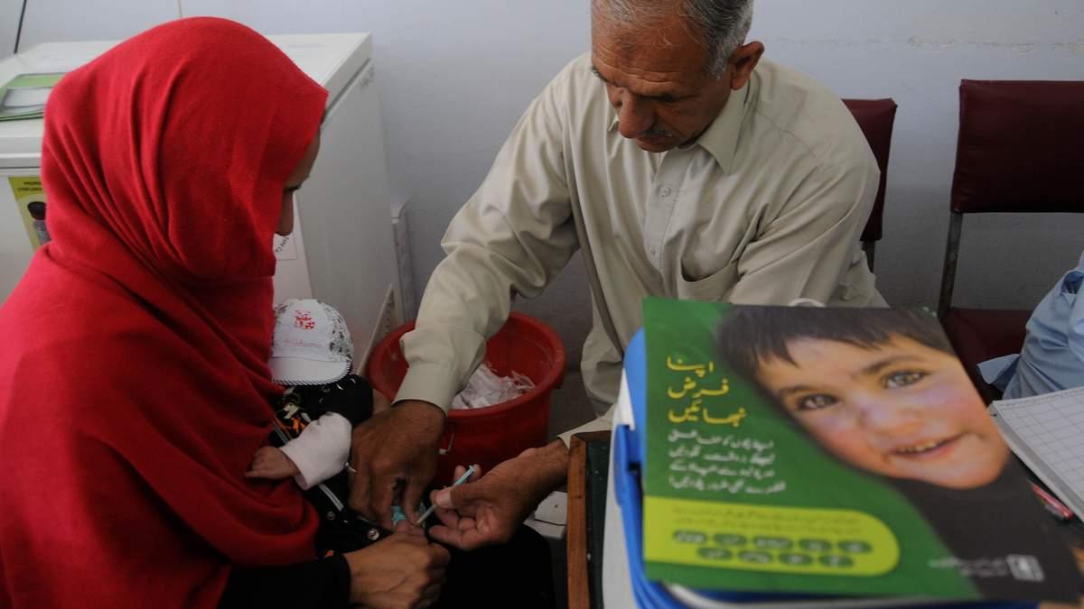 Атака на медиків: в Афганістані вбили 5 вакцинаторів від поліомієліту