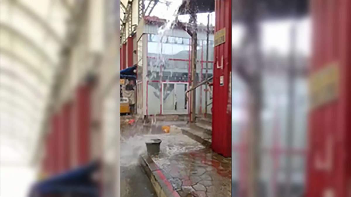 Потоп на ринку Барабашово 16.06.2021: відео