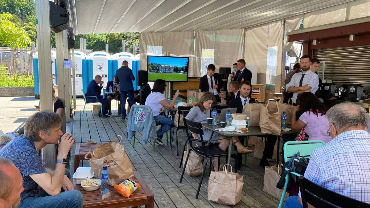 В Женеве кремлевским журналистам не включили футбол с участием России