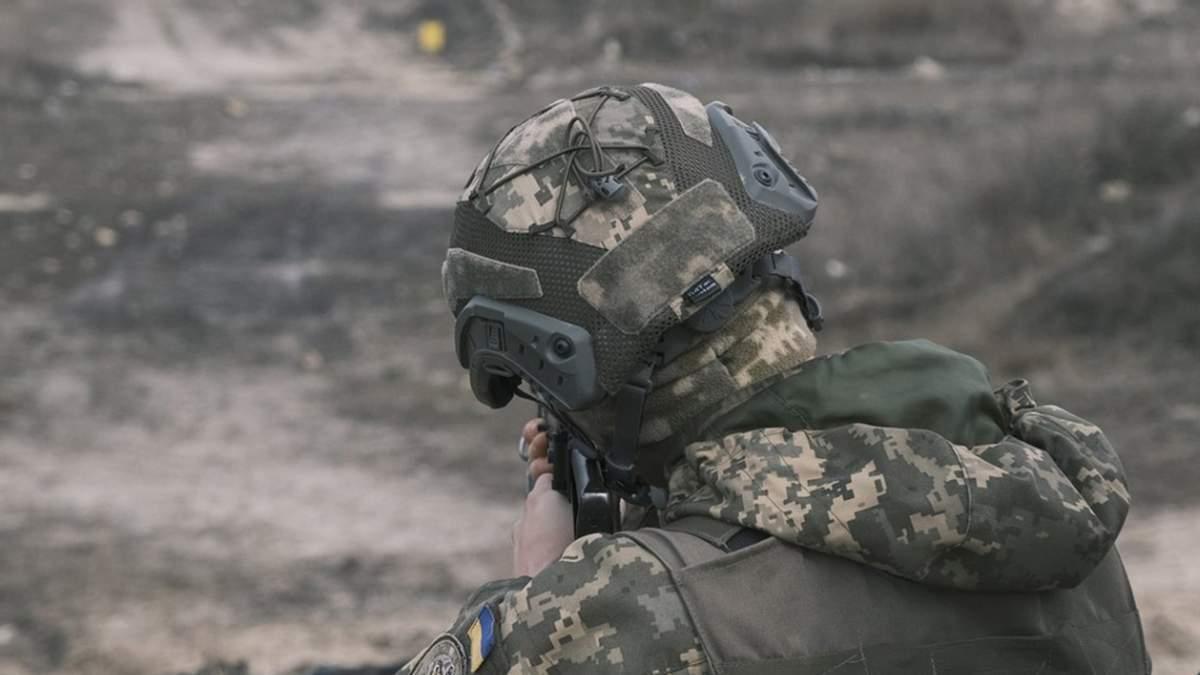 На Донбассе ранили украинского военного 16.06.2021