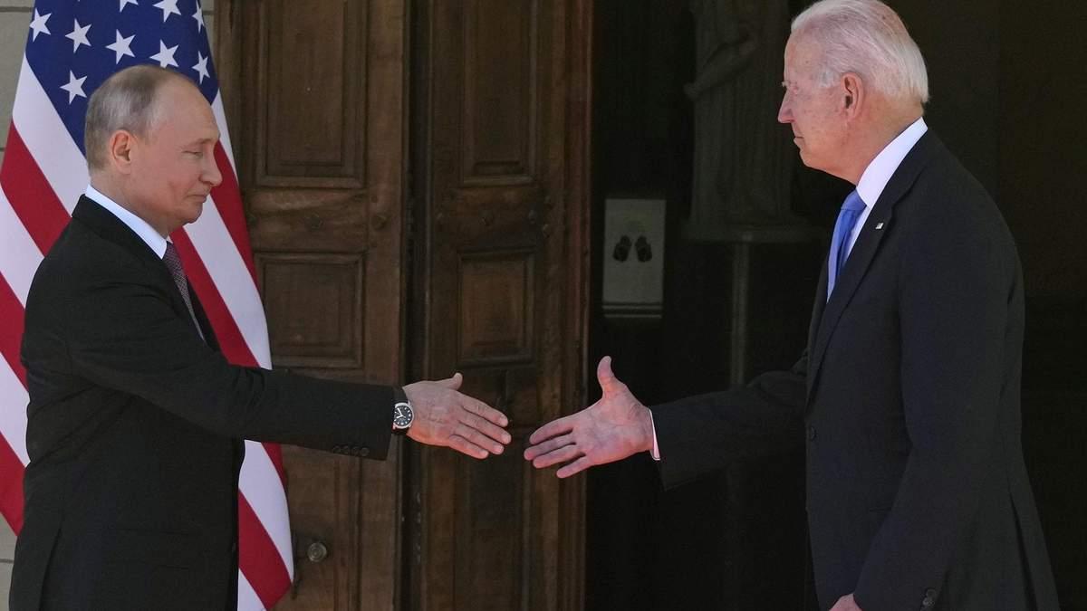 Путин имел растерянный вид, – в ОП оценили встречу с Байденом