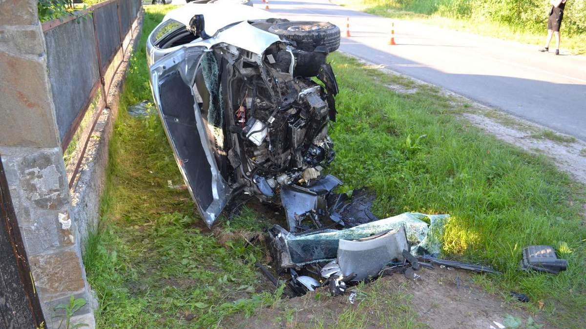 Моторошна аварія у Суховолі: розбилися двоє п'яних неповнолітніх – фото