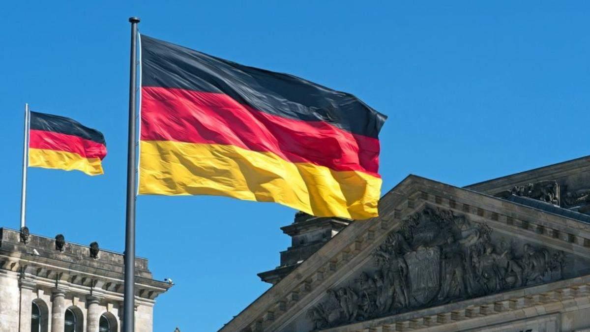 Германия с 25 июня открывает границы для вакцинированных