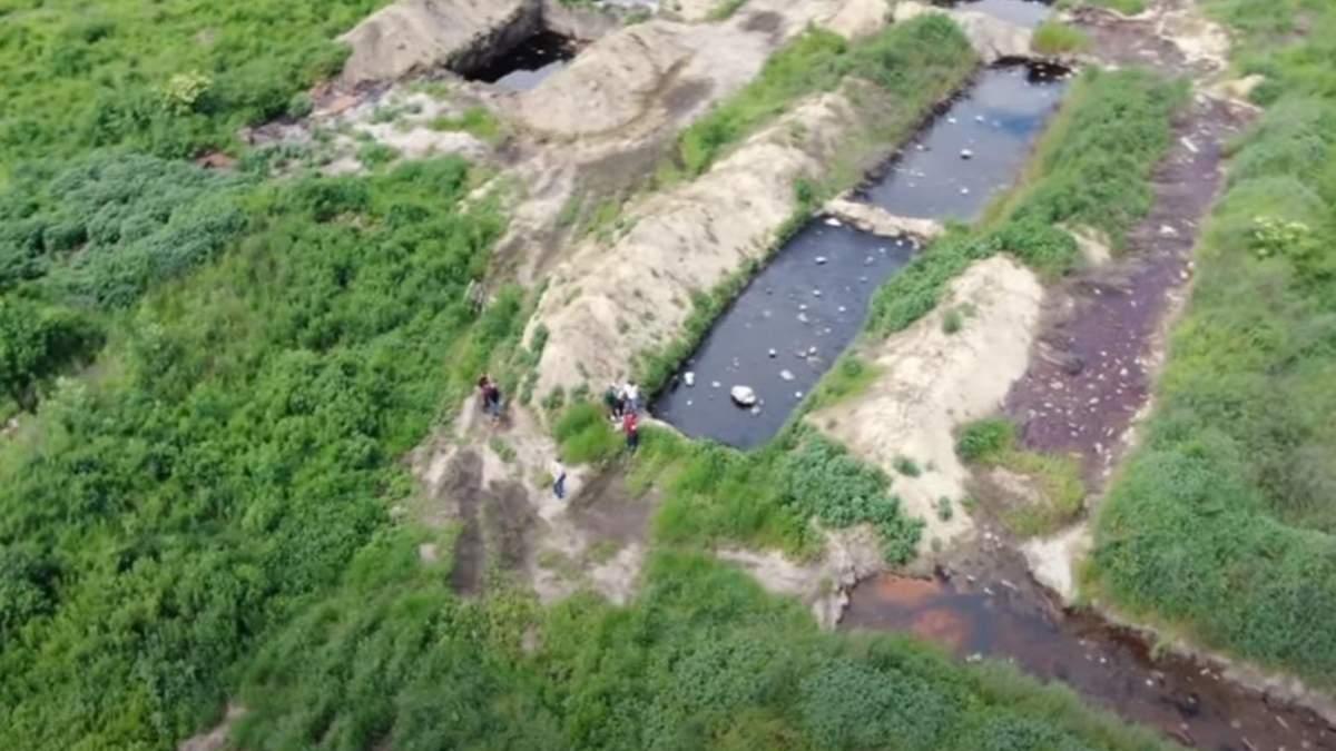 На Вінниччині ділки роками закопували токсичні відходи: відео
