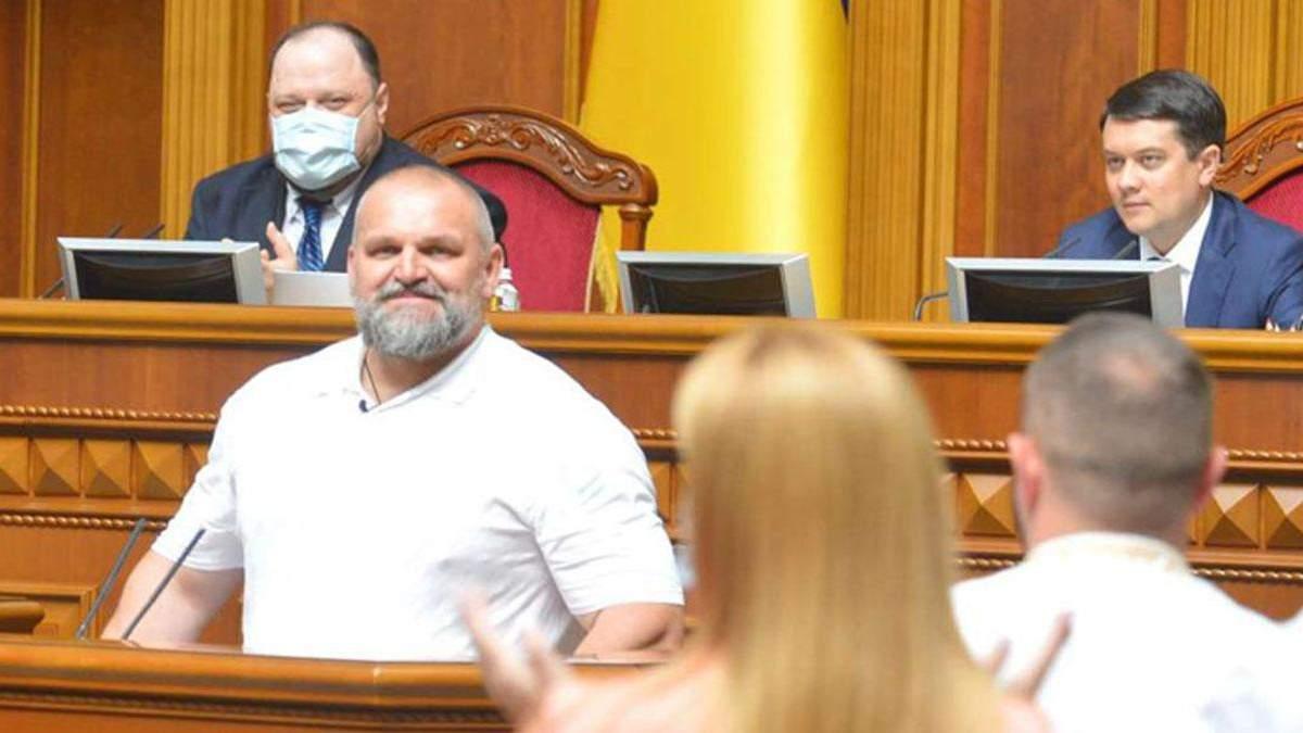Нардеп Вирастюк ответил, останется ли в спорте