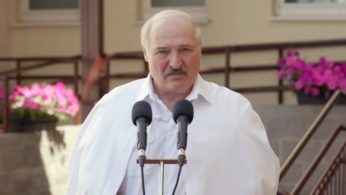 Лукашенко пригрозив, що не прийматиме літаки з України