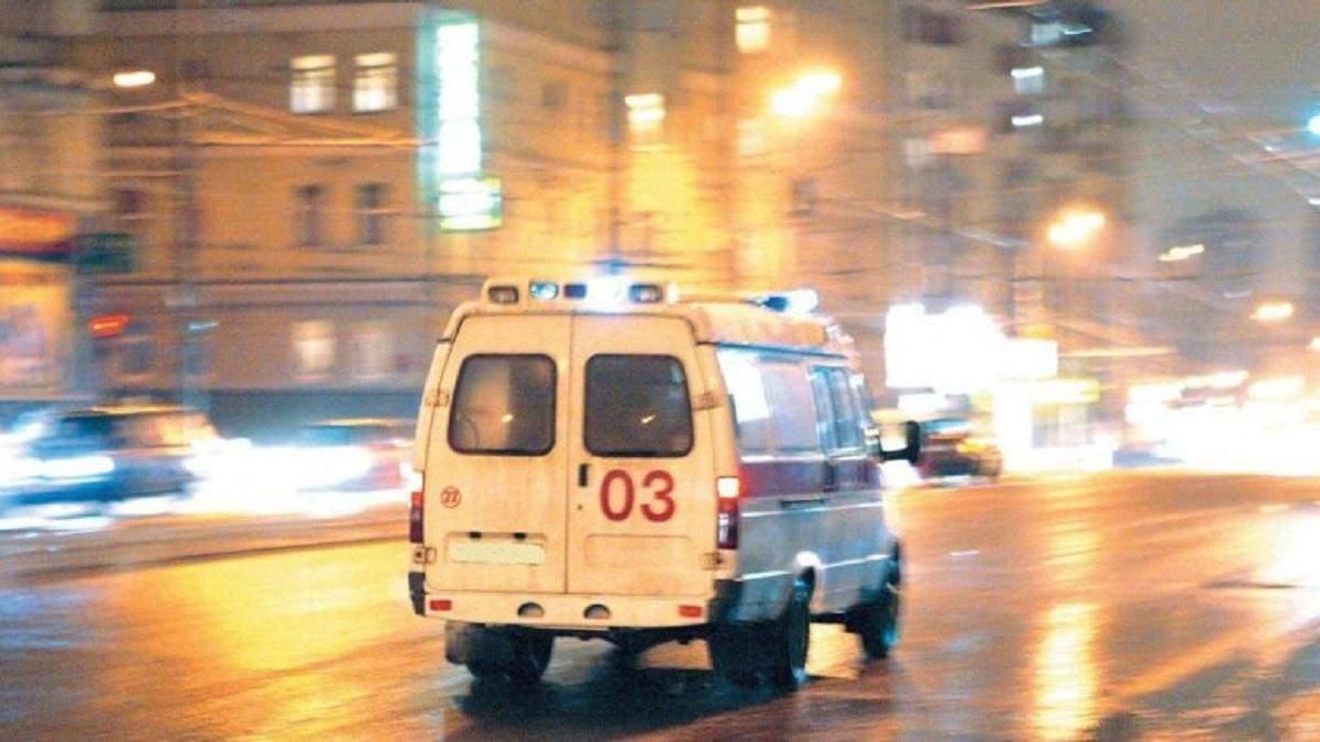 В Киеве автомобиль сбил блогера: она записала видео инстаграма