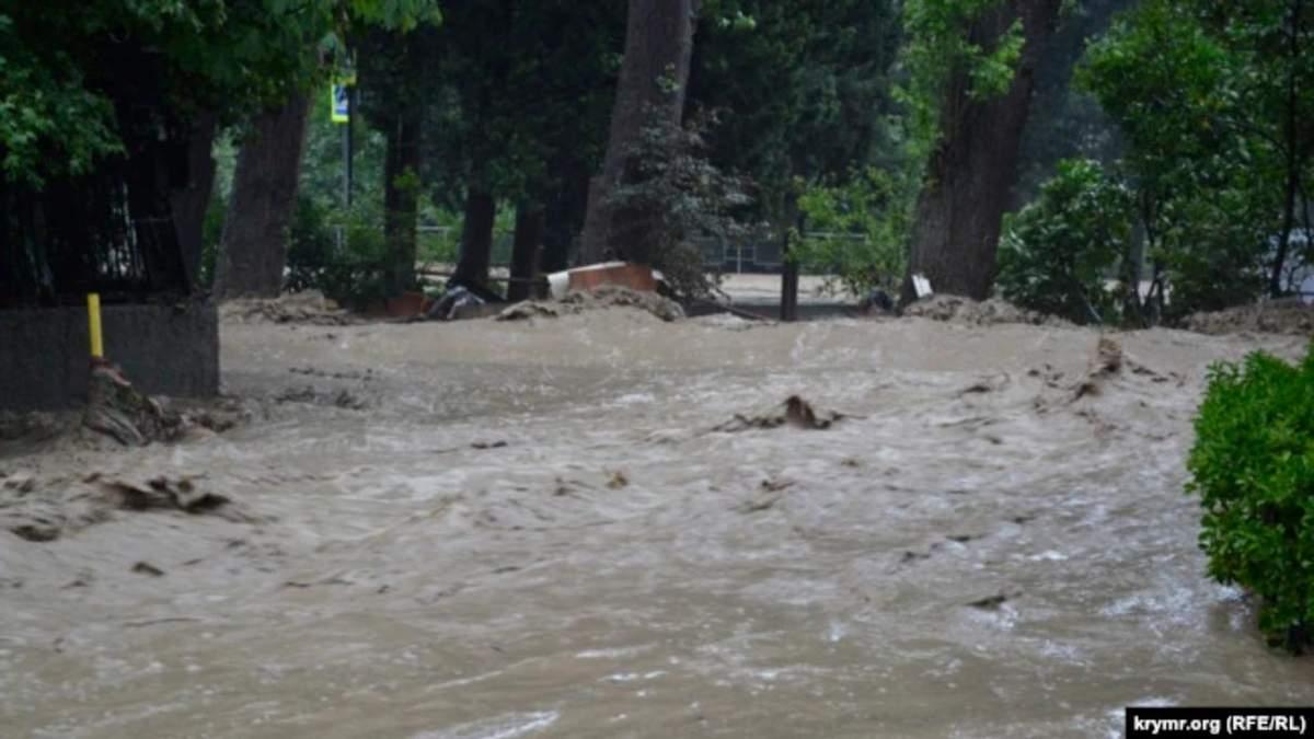 Потоп в Ялте 19 июня 2021: есть погибшие и пропавшие без вести
