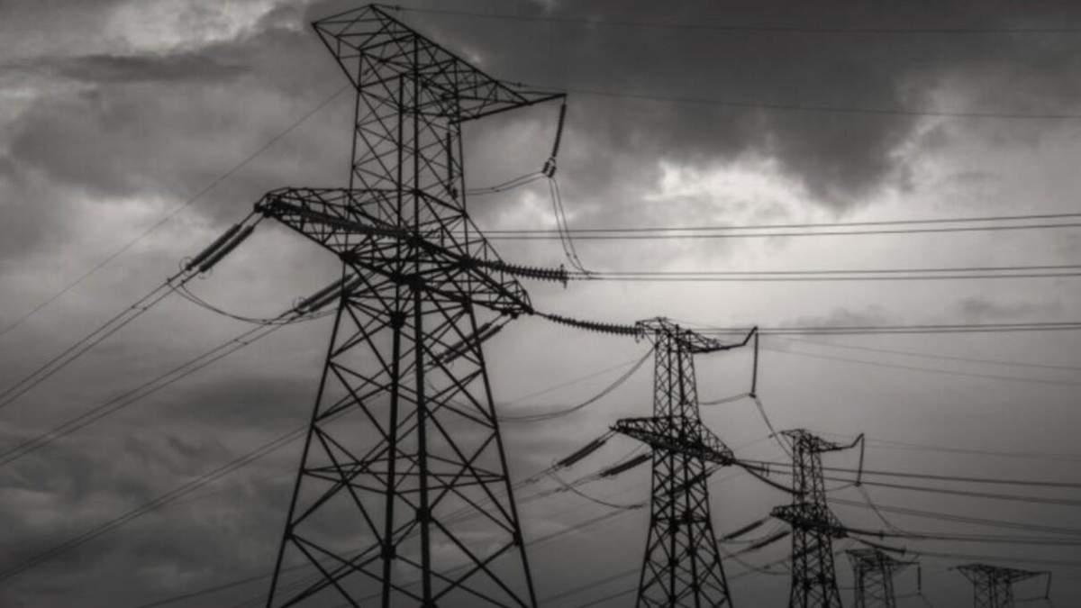 Непогода в Украине: без электричества - десятки населенных пунктов