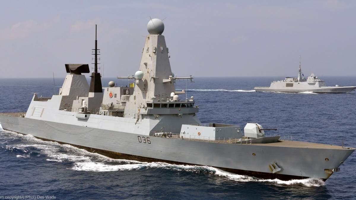 У Росії кажуть, що обстріляли есмінець Британії в Чорному морі