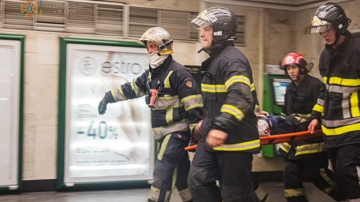 В метро на Майдане Независимости человек упал под поезд