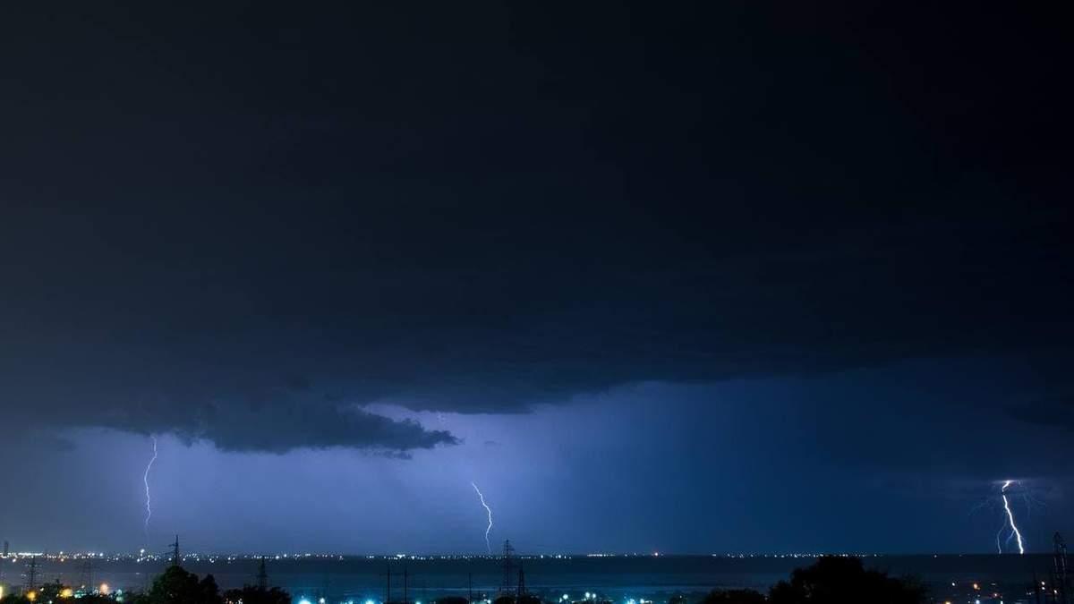 Стихия обрушилась на Одессу: город серьезно затопило – видео, фото