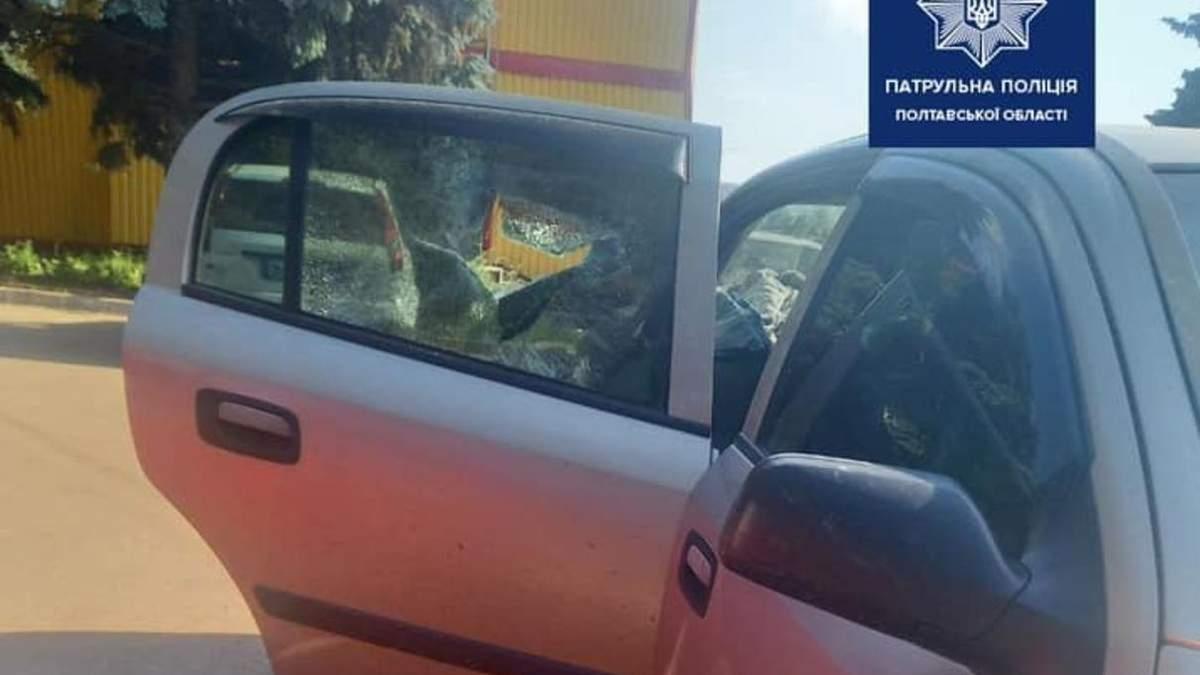 На Полтавщине мать случайно закрыла ребенка в машине в жару