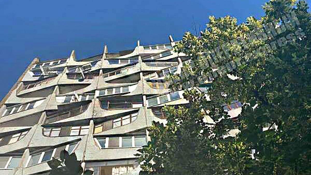 Житель Днепра выпрыгнул из окна из-за кредитов