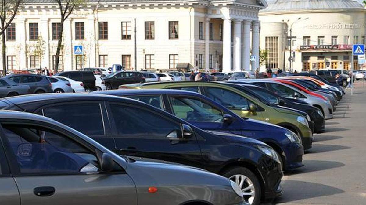 В Киеве более чем в три раза увеличили стоимость парковки