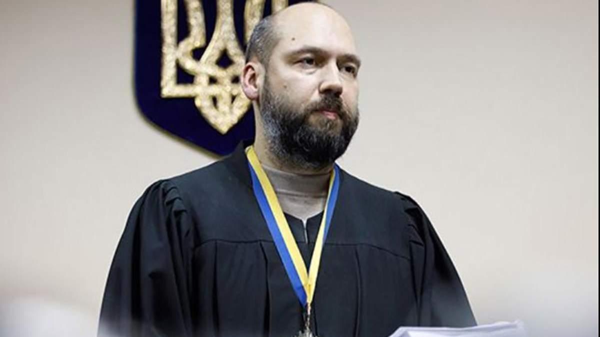 В Печерском суде выносят незаконные решения в пользу Вовка