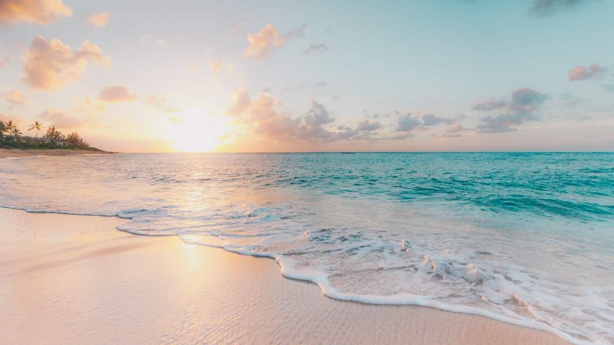 Пляжі України 2021 року, де не можна купатися: список МОЗ