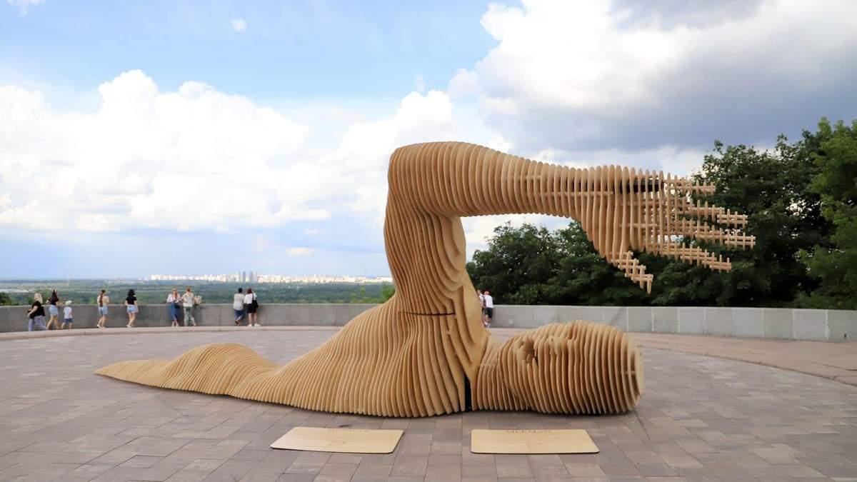 У Києві встановили інсталяцію для фестивалю Burning Man
