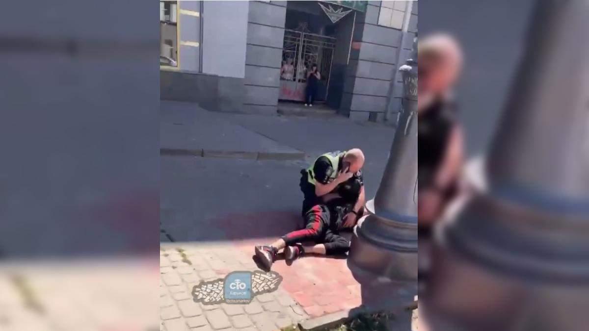 У Харкові затримали іноземця: кричав F**k Ukraine – відео
