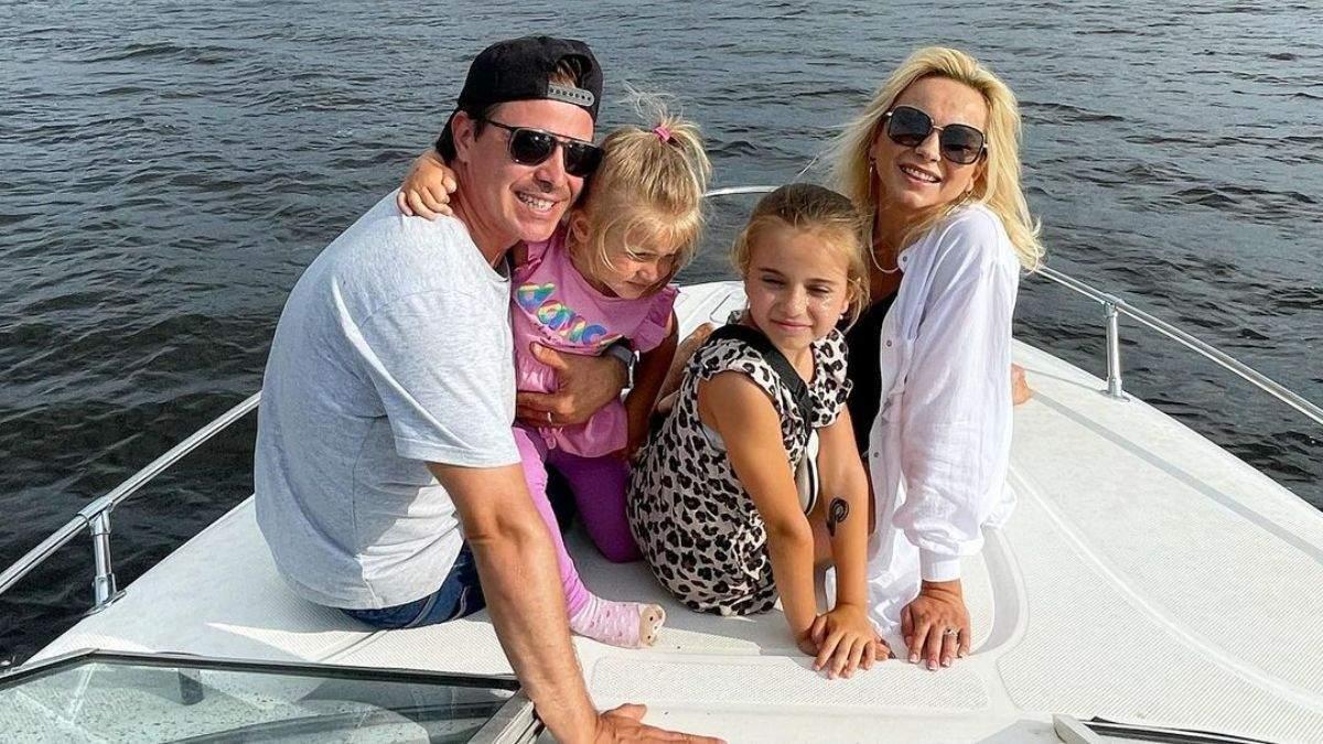 Лилия Ребрик очаровала трогательными фото с мужем и дочерьми