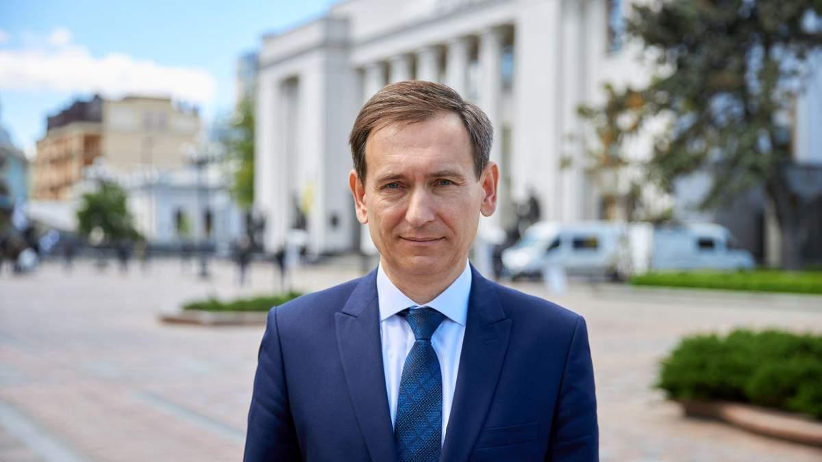 Юридична колізія, – Веніславський пояснив, чому не ліквідували ОАСК