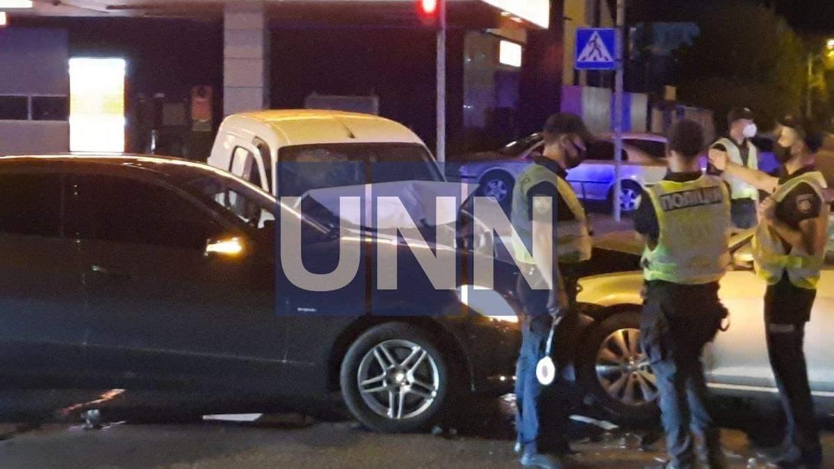 Мотор влетів у салон авто з людьми: п'яний водій спричинив ДТП у Києві