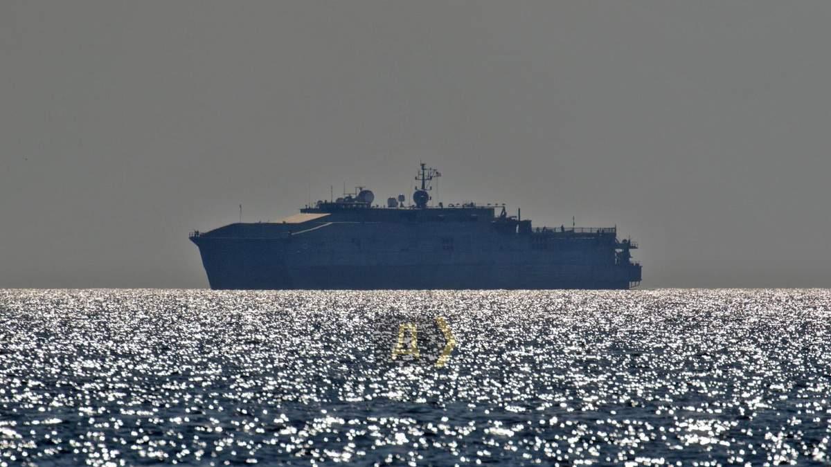 Военный корабль США Yuma зашел в порт Одессы: фото