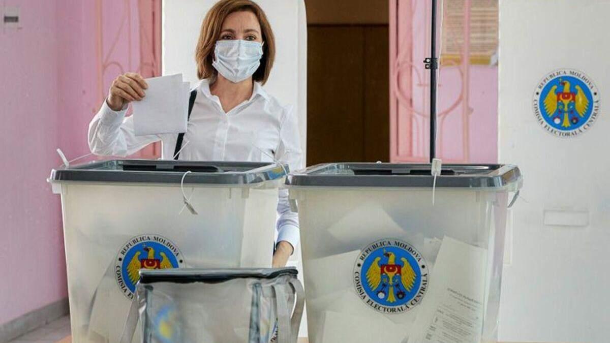 Не добрали 100 тисяч голосів. Чому комуністи програли вибори в Молдові