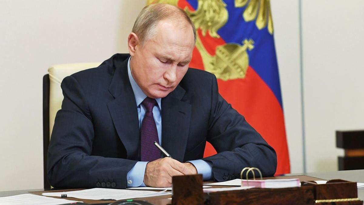 Це гірше, ніж оголошення війни, – Піонтковський про статтю Путіна