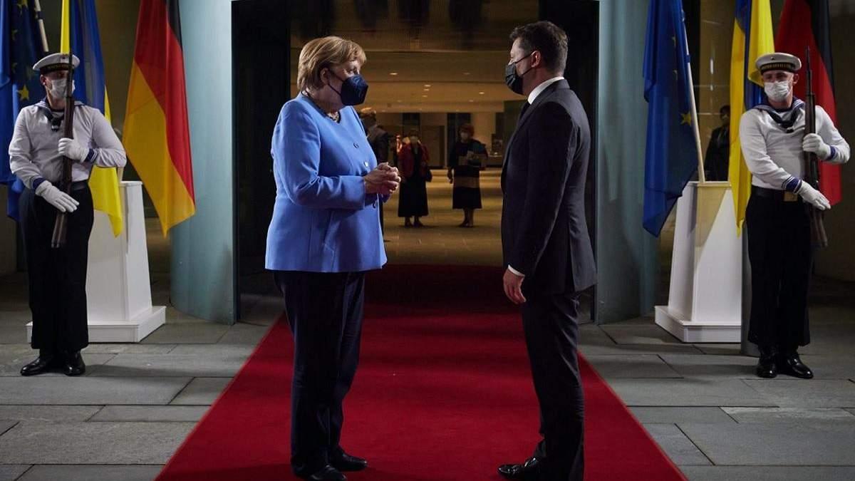 У Берліні завершилася 4-годинна зустріч Зеленського та Меркель