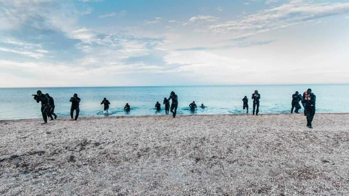 Нацгвардия показала кадры с тренировок водолазов в Черном море