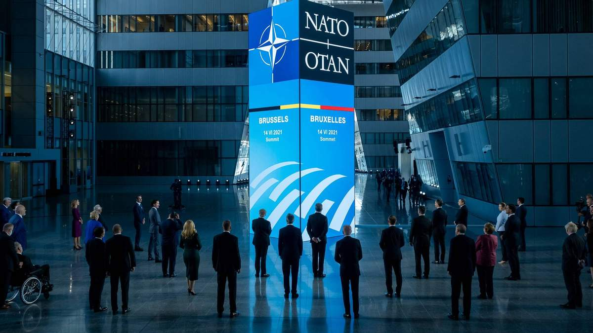 НАТО може застосувати 5 статтю у разі кібертаки – Голос Америки