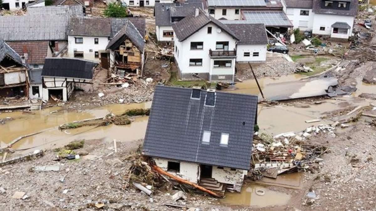 Мощные наводнения в Германии: число жертв возросло до 59