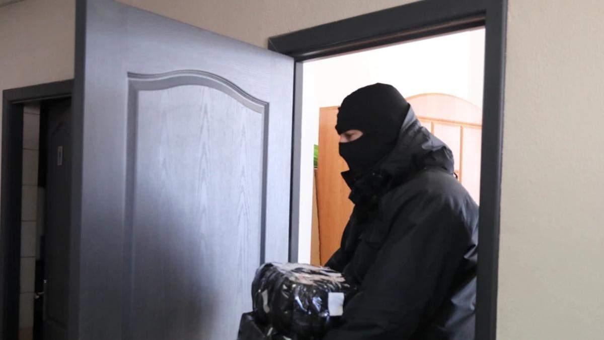 У Білорусі знову обшуки у журналістів опозиційних медіа