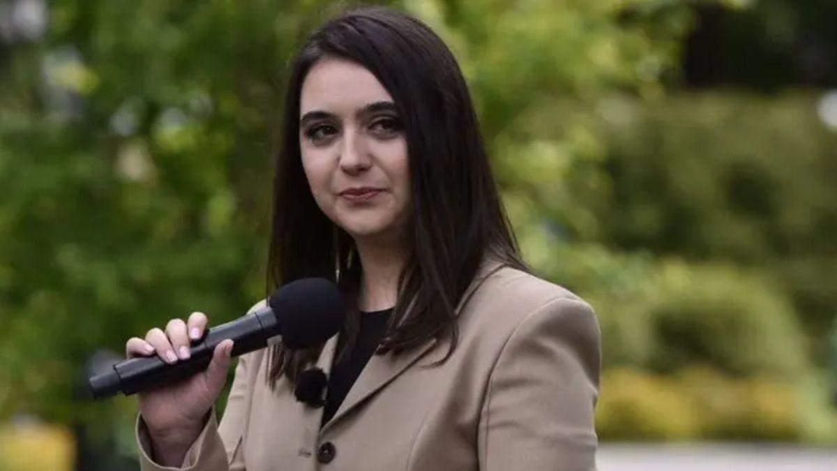 Бороться с олигархами: Мендель будет ведущей на канале Ахметова