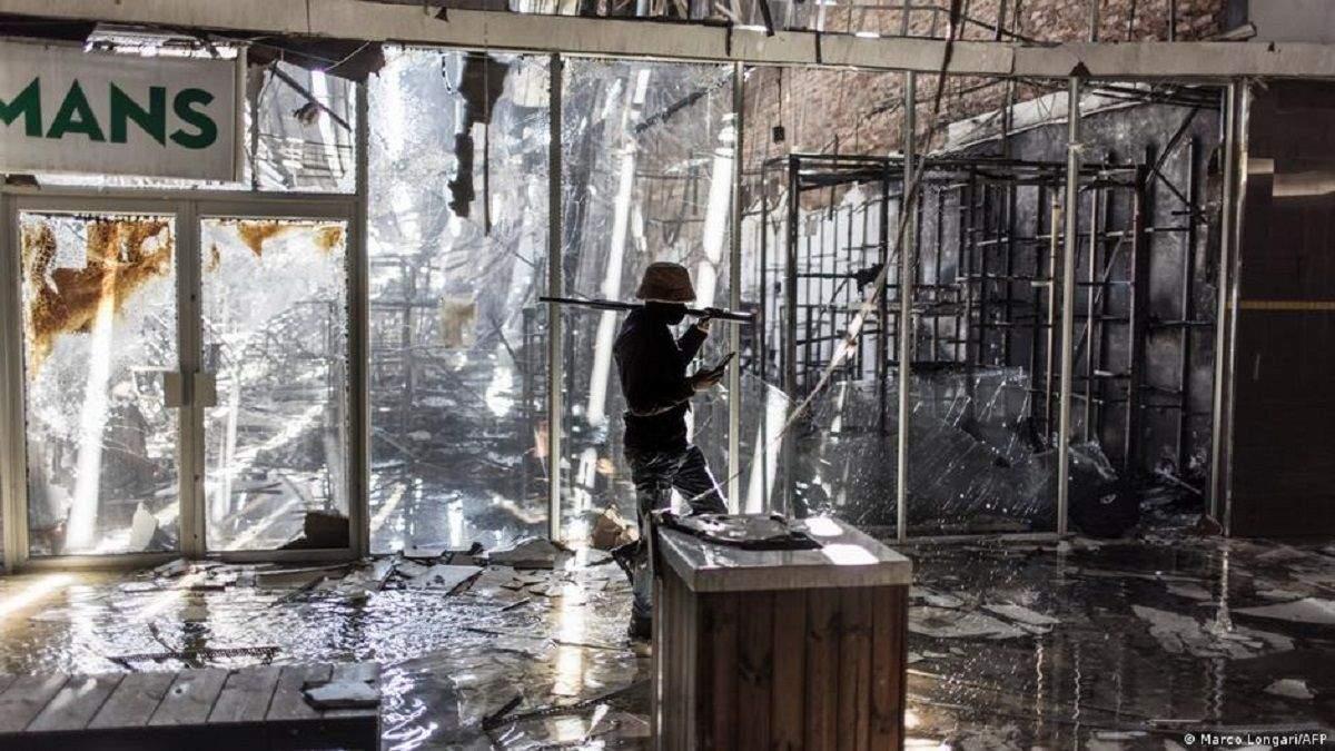 В ЮАР не стихают протесты: погибли более 200 человек