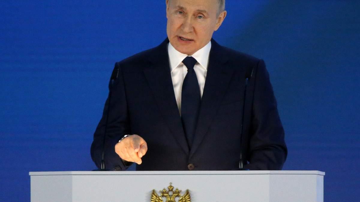 Враг должен страдать и мучиться: что не так со статьей Путина