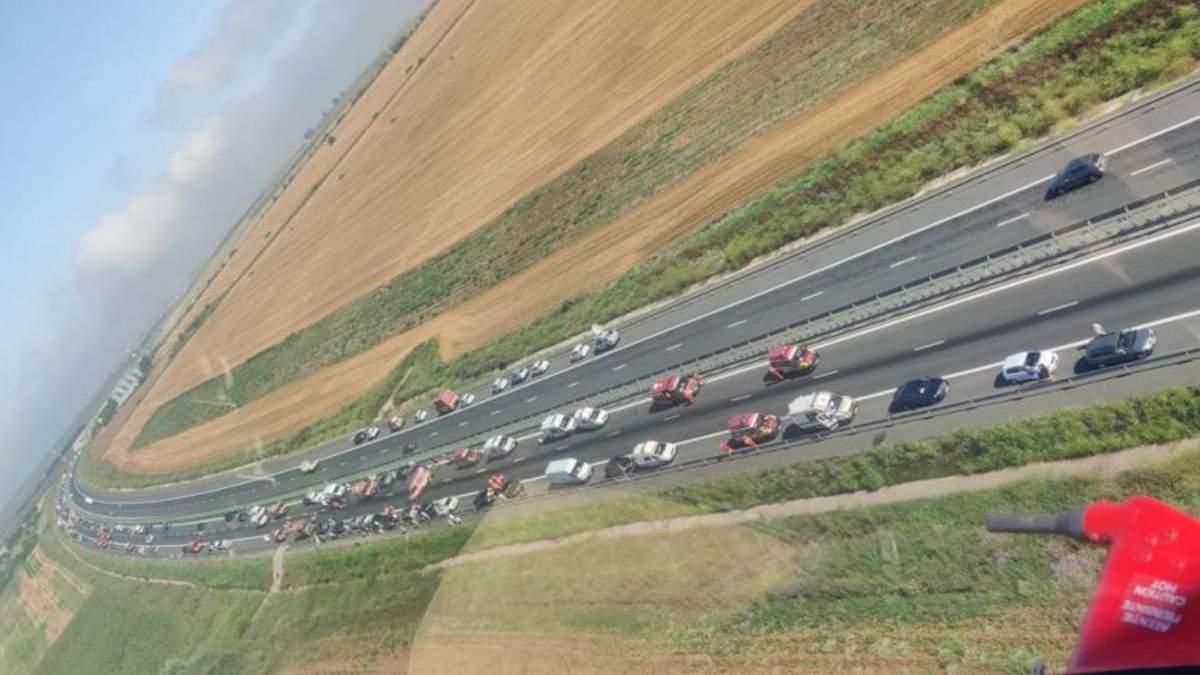 Серия ДТП на румынском трассе 16 июля 2021: столкнулись 55 авто