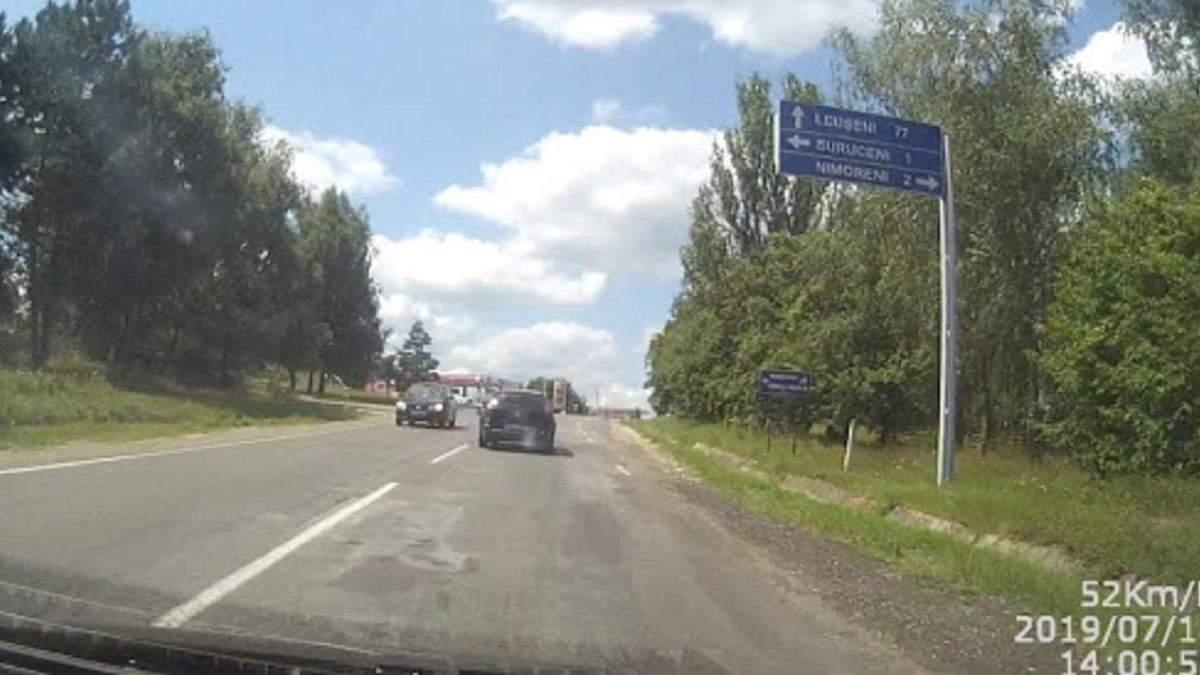 Молдова перекроет трассу, соединяющую Румынию и Украину