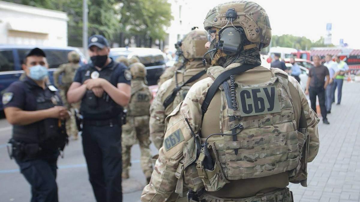В Днепре пьяный угрожал взрывчаткой работникам СБУ