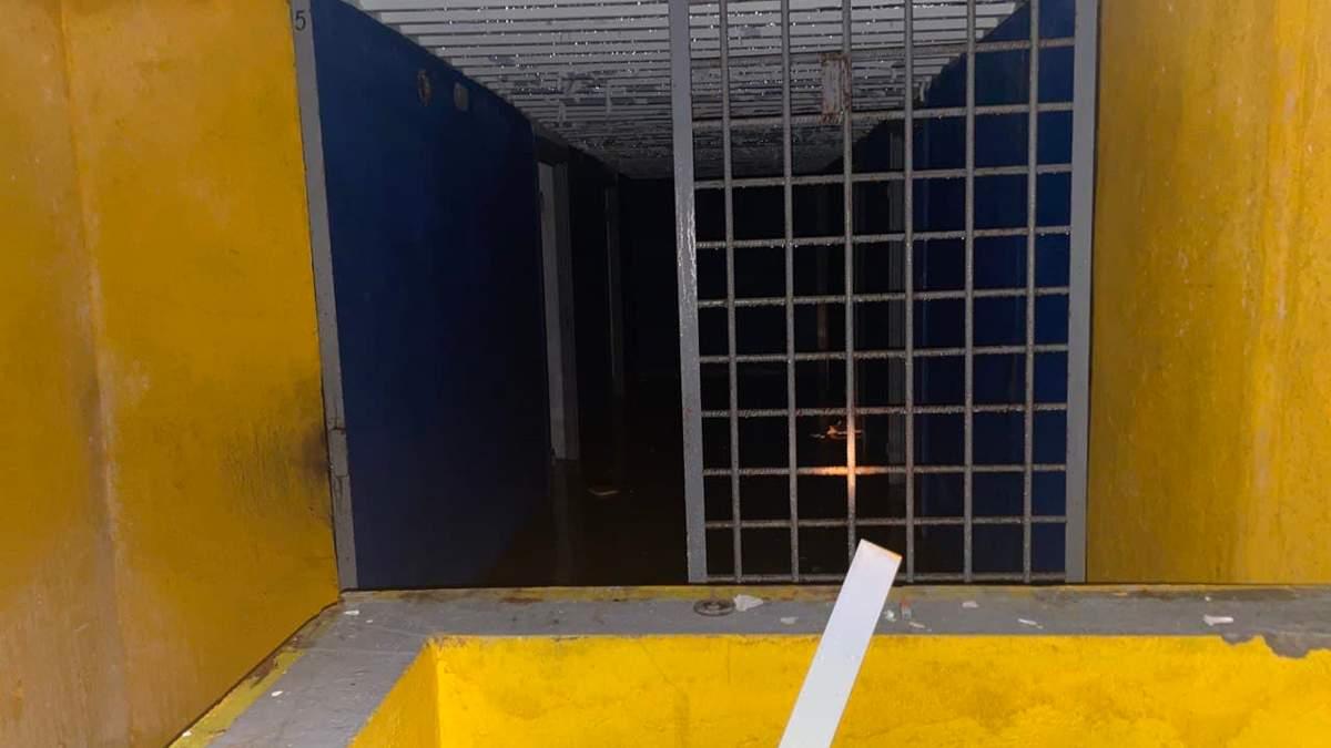 Частная тюрьма с крематорием: в России обнаружили бункер - фото