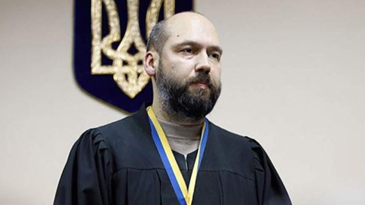 Суддя Сергій Вовк досі відчуває себе повністю безкарним