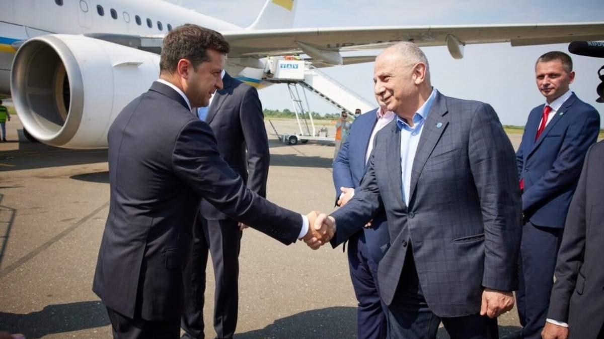 """Ошибка на сайте ОП о """"признании"""" Абхазии: что говорят у Зеленского"""