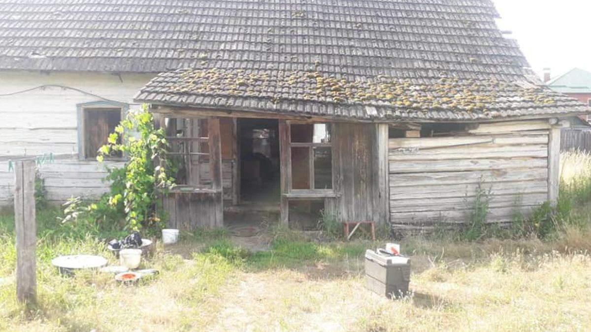 На Киевщине отец зарезал сына: дома пили алкоголь - 24 Канал