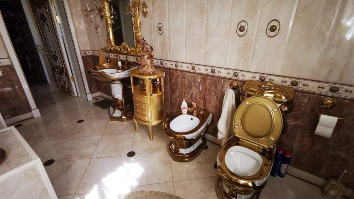 Золотий унітаз і царські палати: фото з маєтку російського полковника