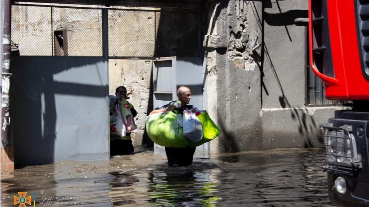Місто було на межі катастрофи, – влада Одеси про зливу 22 липня 2021