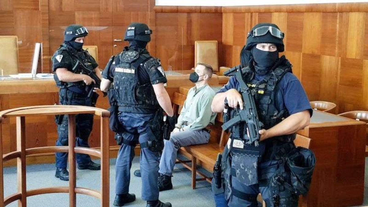 20 років в'язниці: у Чехії білоруса засудили через війну на Донбасі