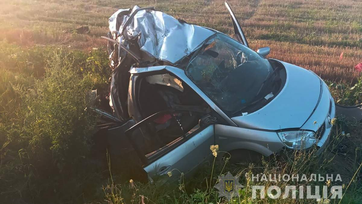 Авто разорвало: смертельное ДТП на трассе Одесса - Рени - фото
